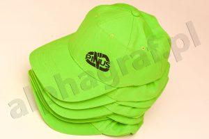 nadruk na czapkach